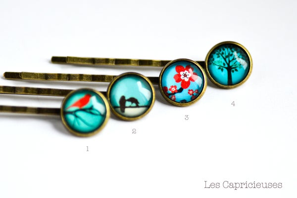 Image of Barrette illustration collection Blue