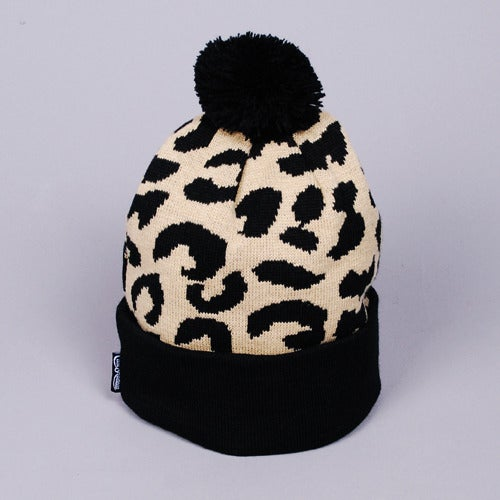 Image of Gato Jacquarded Knit Beanie (Cream/Black)