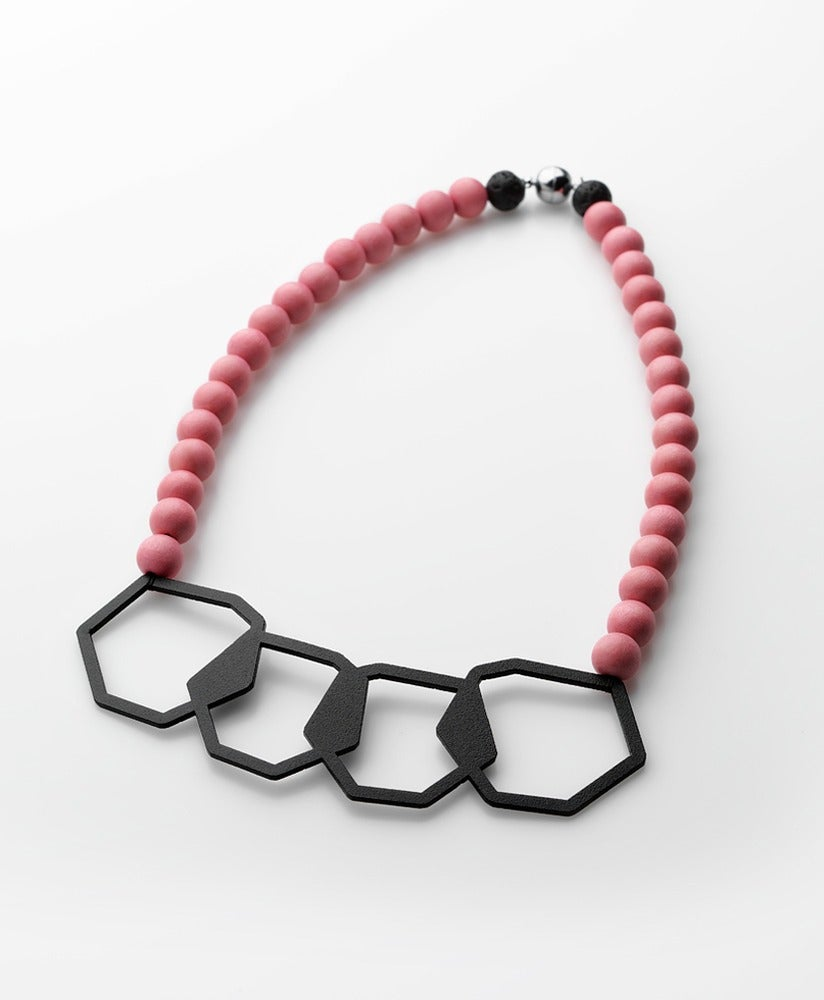 Image of Geometric Pearls 2