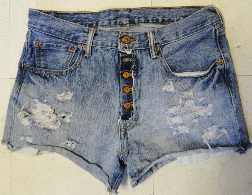 Image of Levi's Cutoffs (men's)