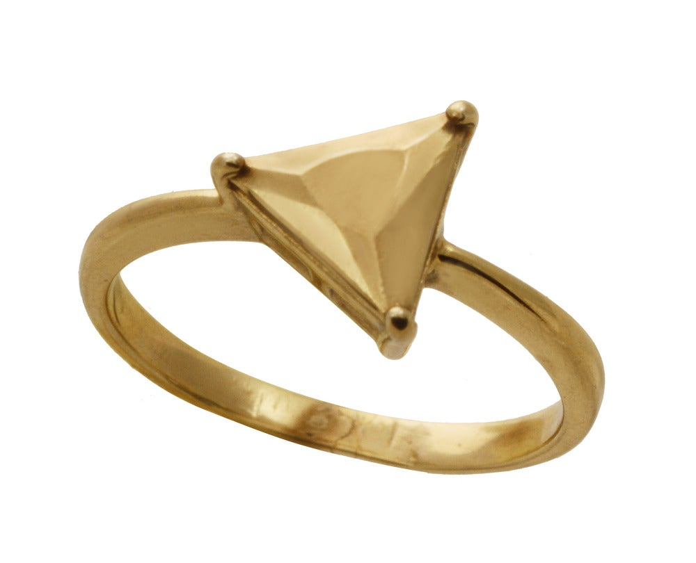 Image of TRIANGLE SOLITARE ring
