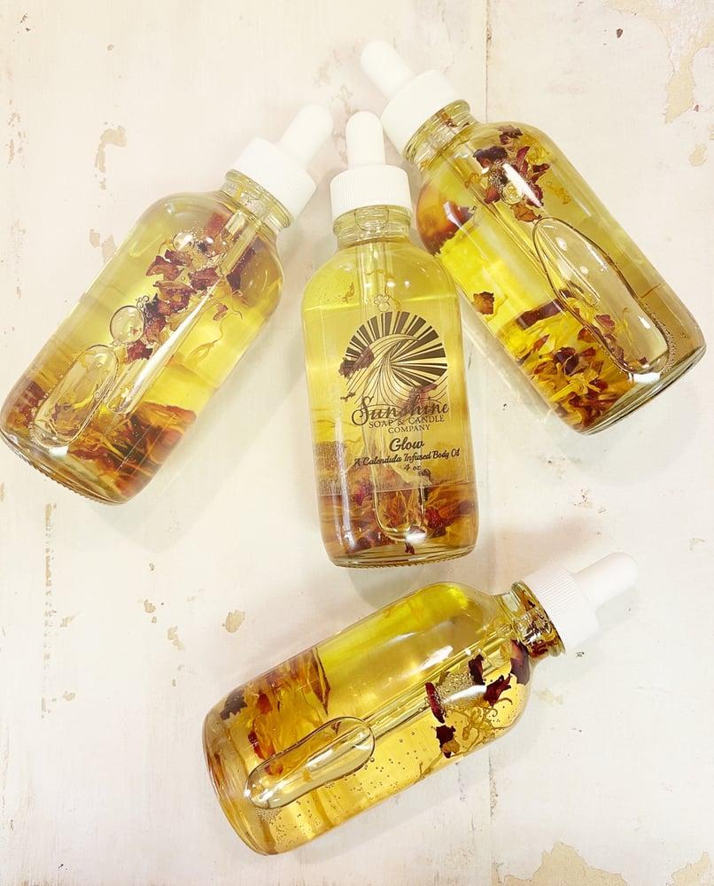 Image of Glow Calendula Infused Body Oil (4 ounces)
