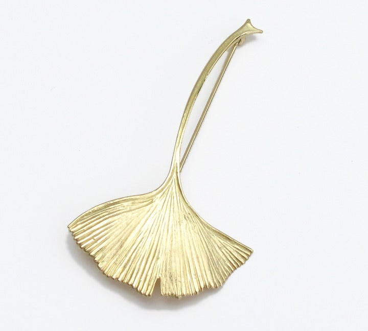 Image of Ginkgo Leaf Brooch 18K