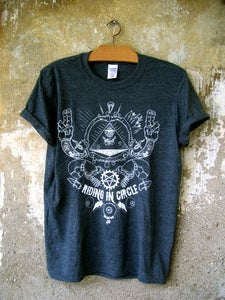 "Image of ""Keep your eyes open"" T-SHIRT"