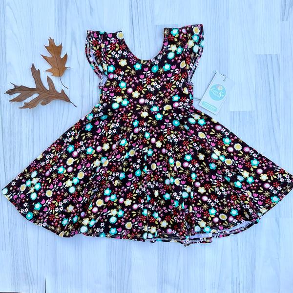 Image of Brown Isla Flower Dress cap sleeve size 2