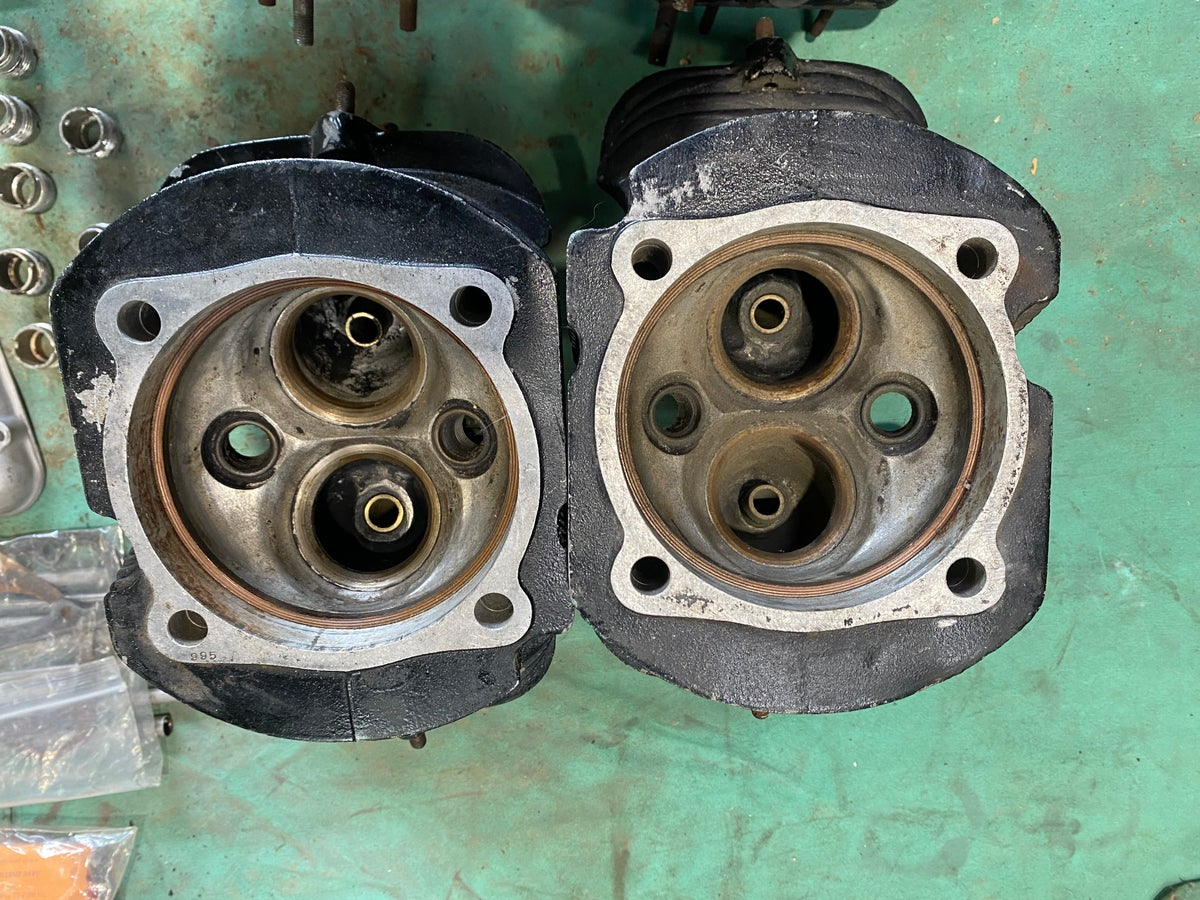 Menasco D4 Cylinder heads and parts