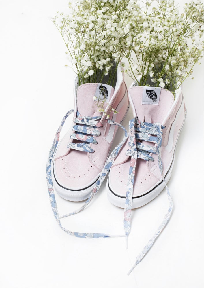 Image of Liberty Print Shoelaces In Betsy B