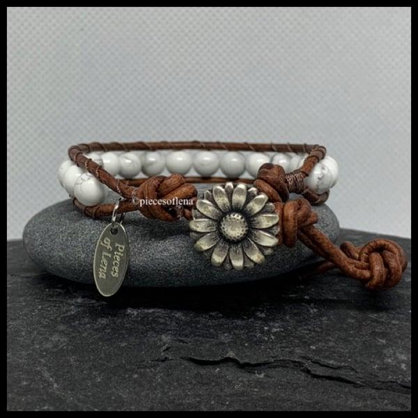 Image of SINGLE WRAP BRACELET - Howlite Floral