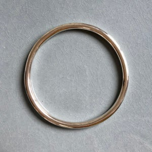 Image of Silver bangle 4 mm
