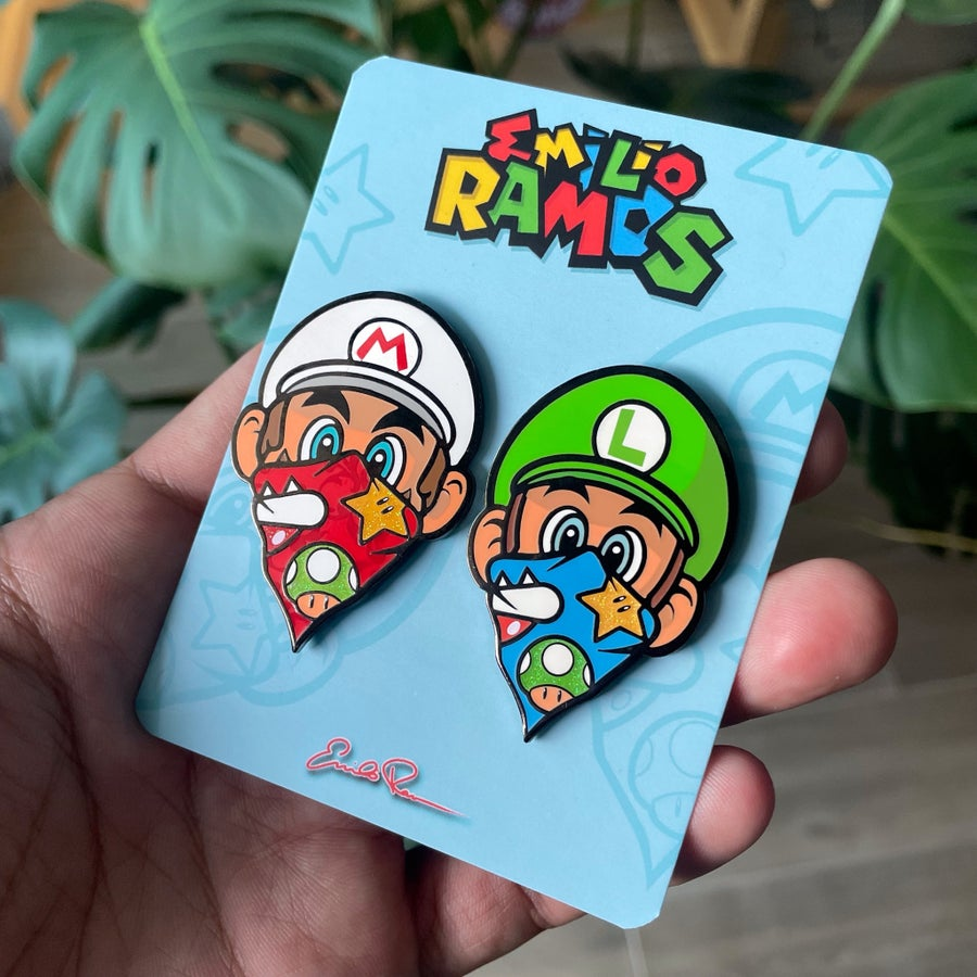 Image of Mario & Luigi pin set
