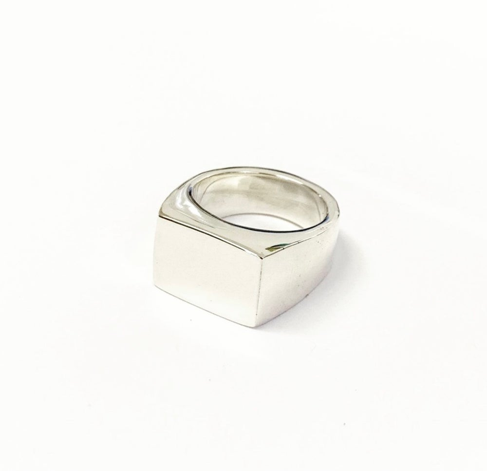 Image of Signet rectangle #02