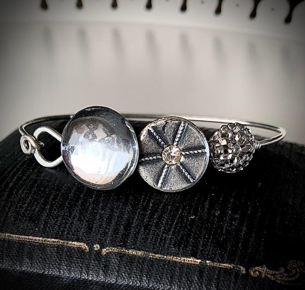 "Image of ""Reflection"" Vintage Button Bracelet"