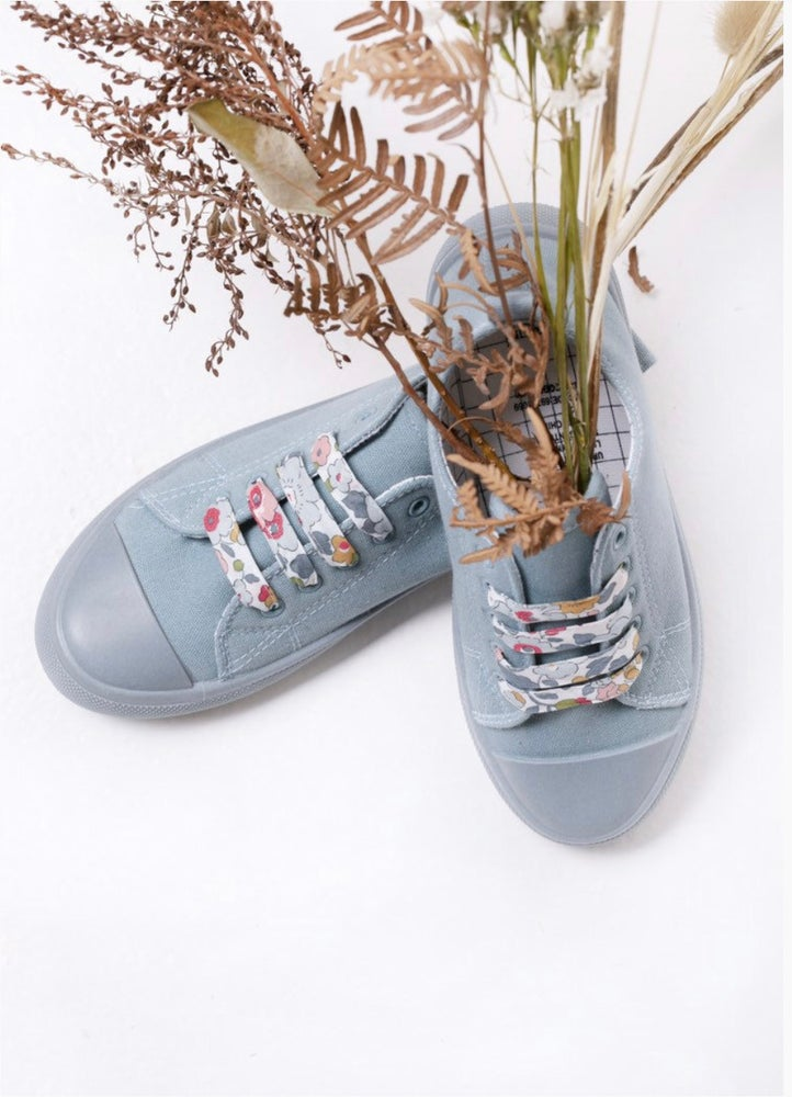 Image of Liberty Print Shoelaces in Betsy P (Large)