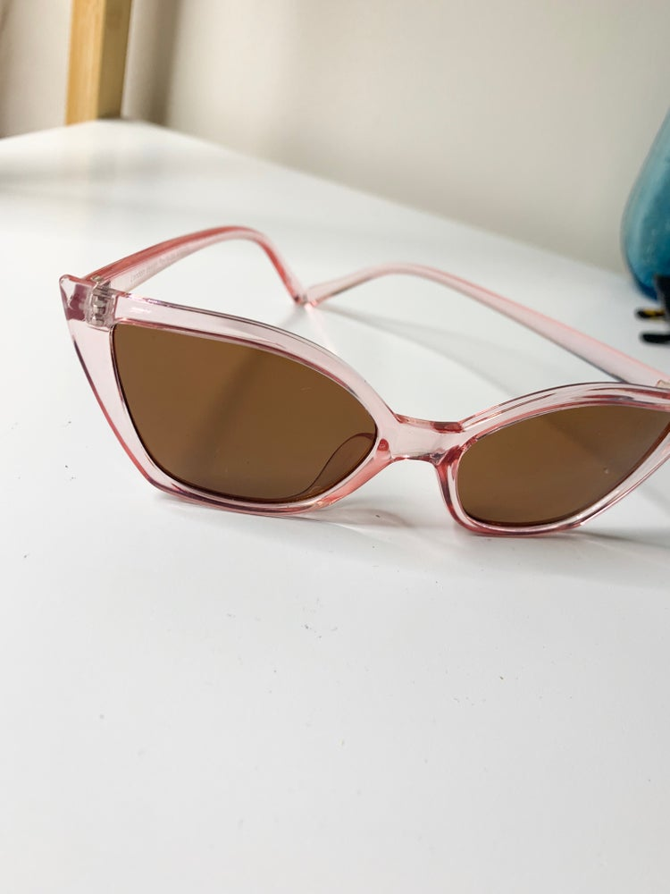 Image of 70's Style Cats Eye Sunglasses