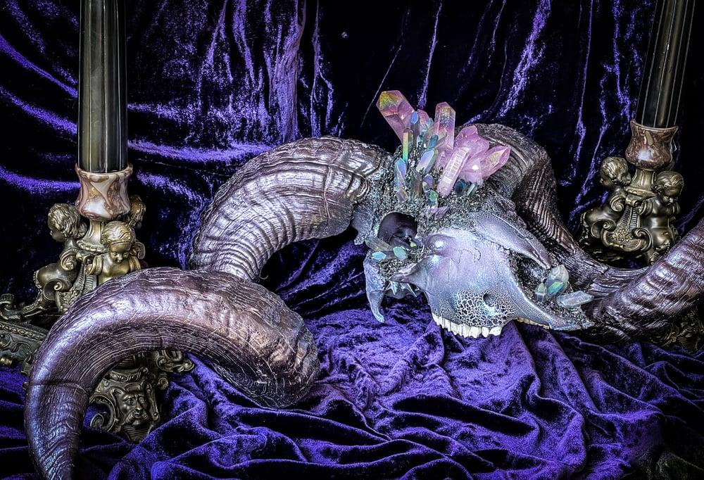 Image of Lavender & Gray Aura Quartz, Carborundum - Ram Skull
