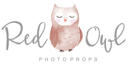 Red Owl Photo Props